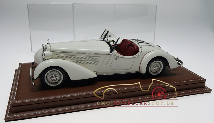 Atlantic vitrine Mulhouse leather brown, 1:18 model cars