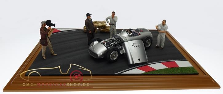 CMC Mercedes-Benz W196, Sir Stirling Moss, Signature Édition Diorama