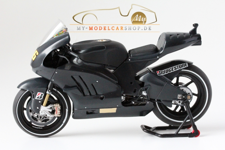 Minichamps Ducati Desmosedici - Valentino Rossi - Test 2011